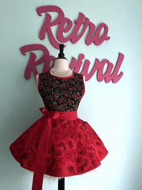Romantic Roses Red and Black #2 Circle Skirt