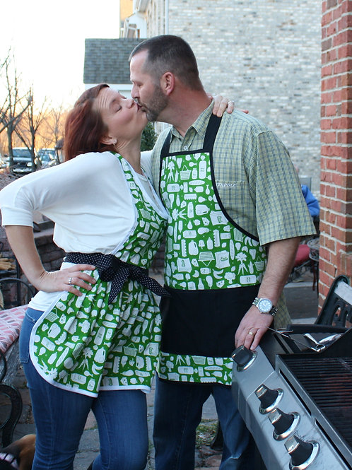 Green & White His/Her Aprons Set