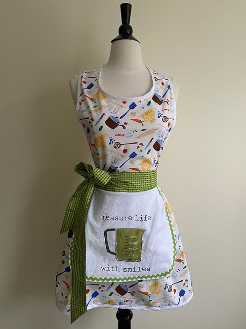 Measure Life Tea Towel Retro Apron