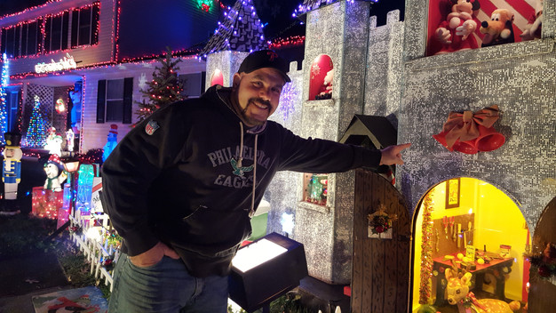 Family's light display highlighted on national TV | The Arrowhead ...