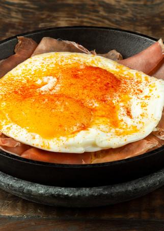 frigideira-de-ovo / Restaurante Teus