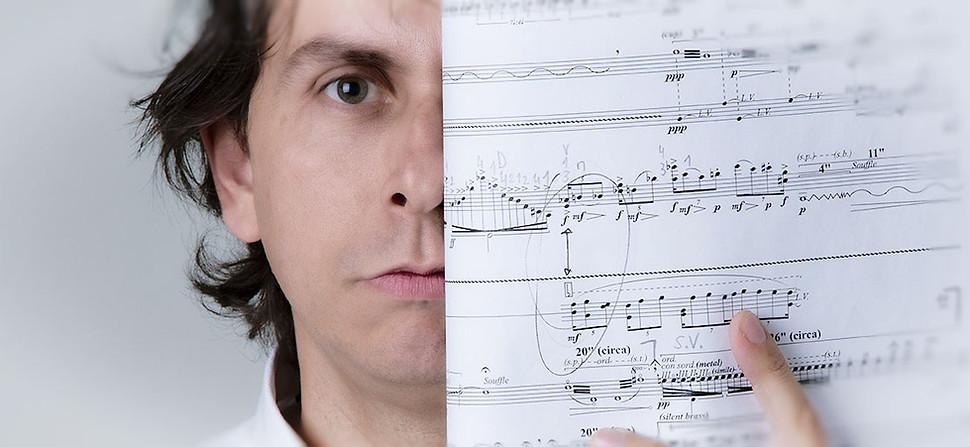 Compositor/Musico Marcus Siqueira. Photo Julio Kohl.