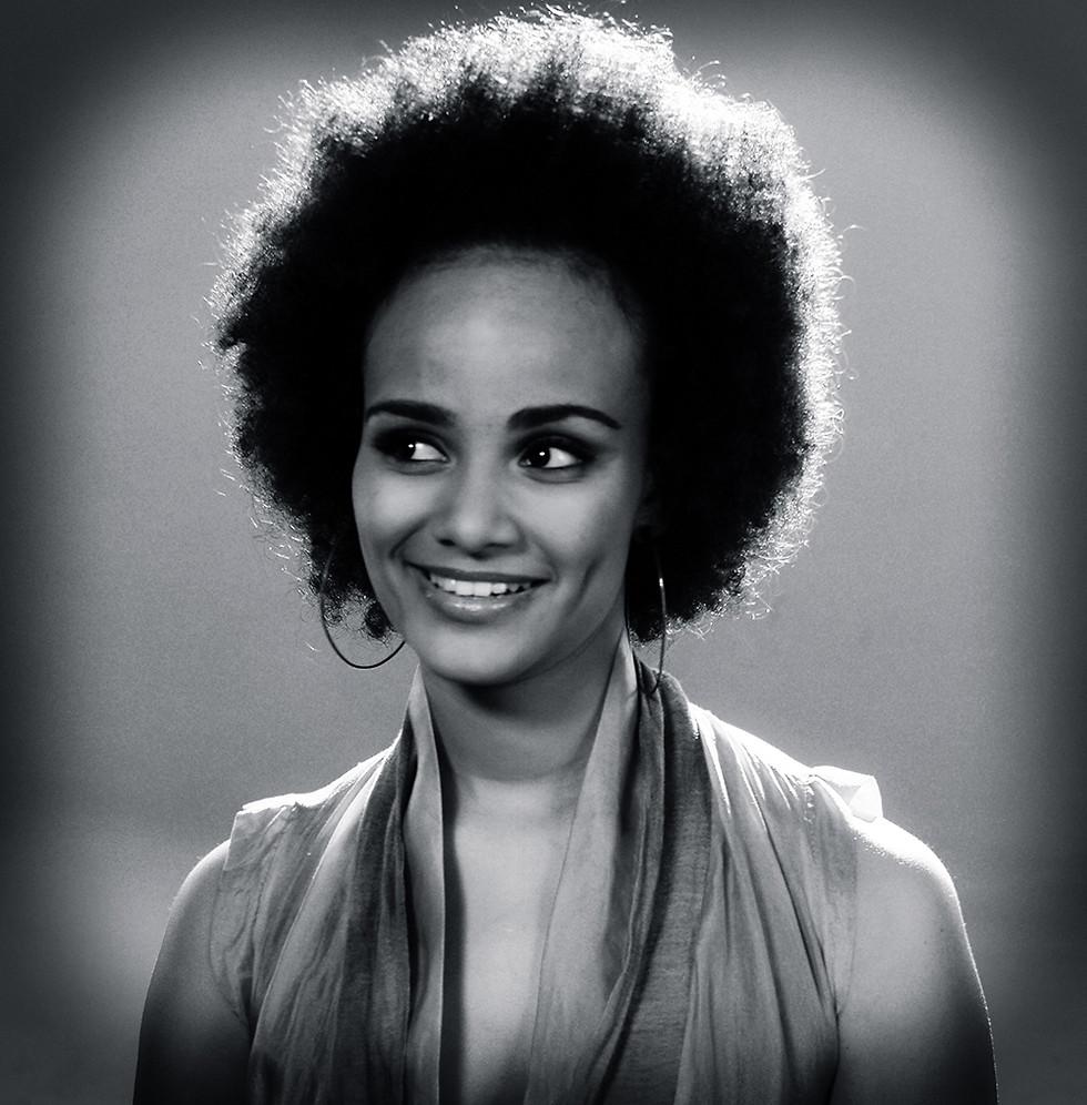 Luciana Mello. Fotografia Julio Kohl.