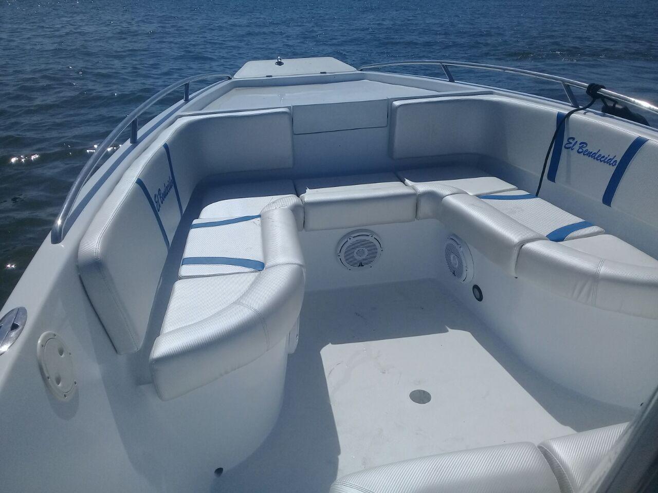rent powerboat 29