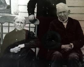 James and Caroline Curtis Gooch, Houstonville, Ky.