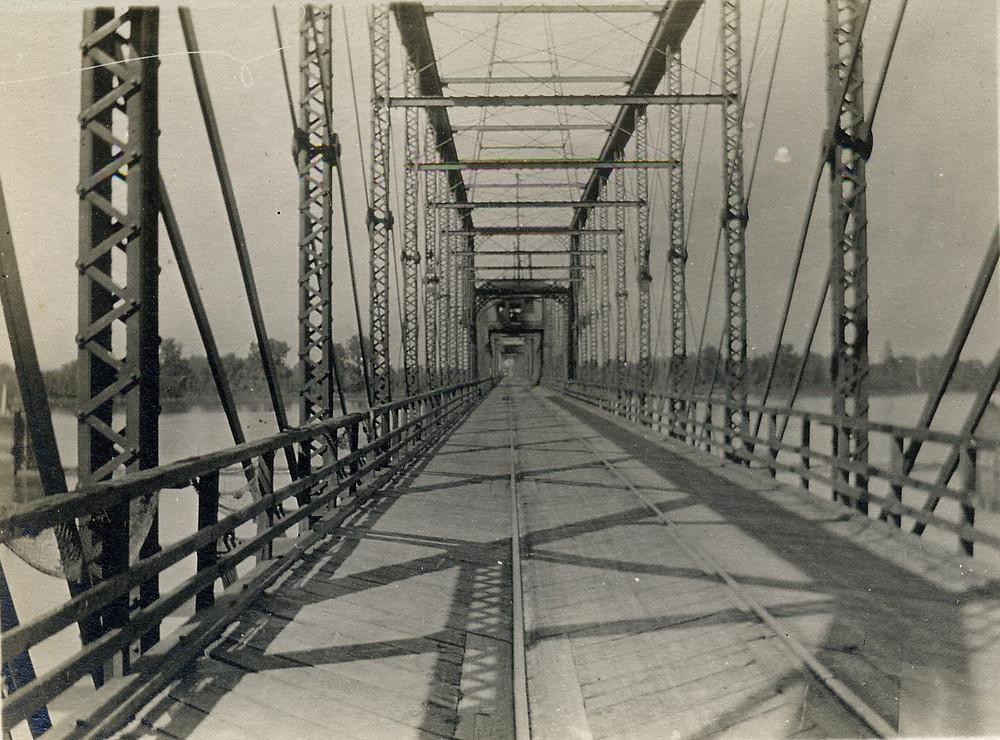 RR bridge chou_edited.jpg