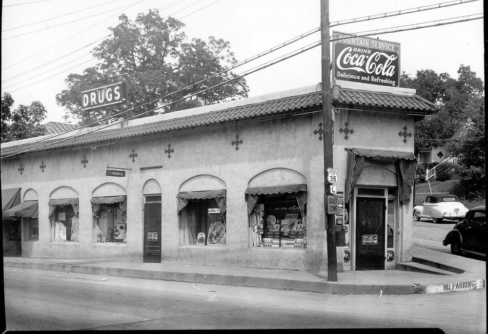 St Marys Pharmacy building 1941.jpg