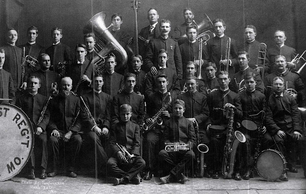 1st regiment band chou.jpg