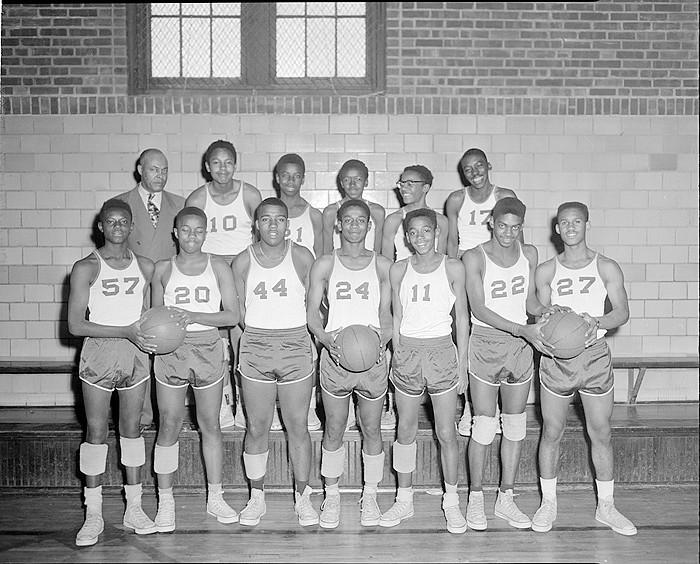 Basketball players.jpg