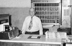 Marion Hotel Clerk, Fred Schwartzberg
