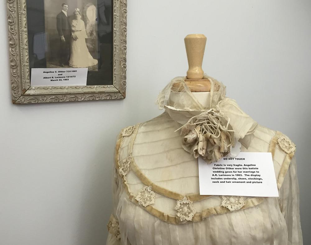 wedding dress_edited.jpg