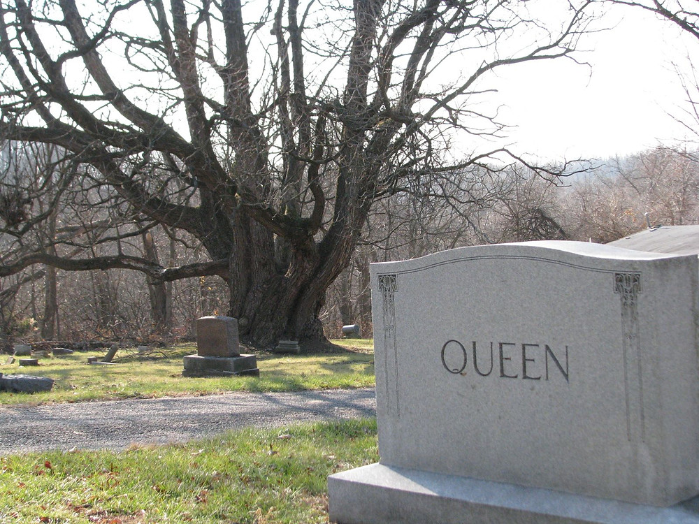 Queen tombstone.jpg
