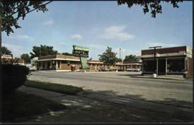 Lori Lynn: Motel and restaurant on Broadway