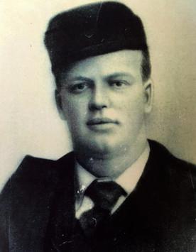 1903: Fritz son dies