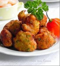 accras-morue-poisson-poulet-restaurant-africain-paris-moonlight.jpg