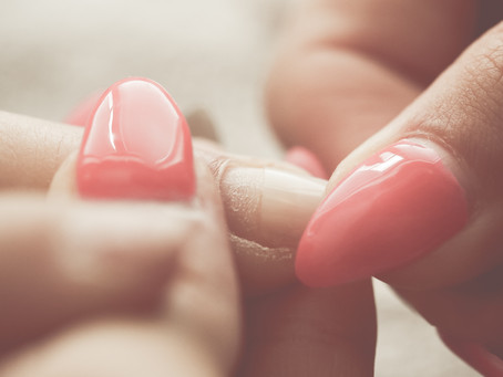 How to Treat Dry Cuticles between Nail Appointments