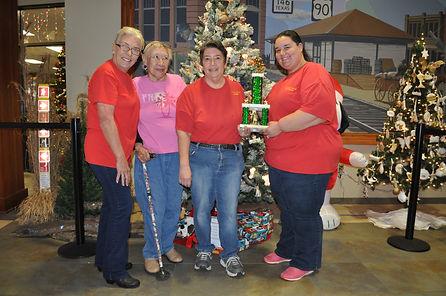 christmas tree contest