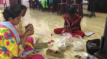 Jewelry-Making at the Tailoring Center