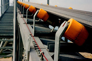 conveyor-systems-2_edited.jpg