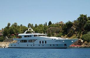 42m Superyacht