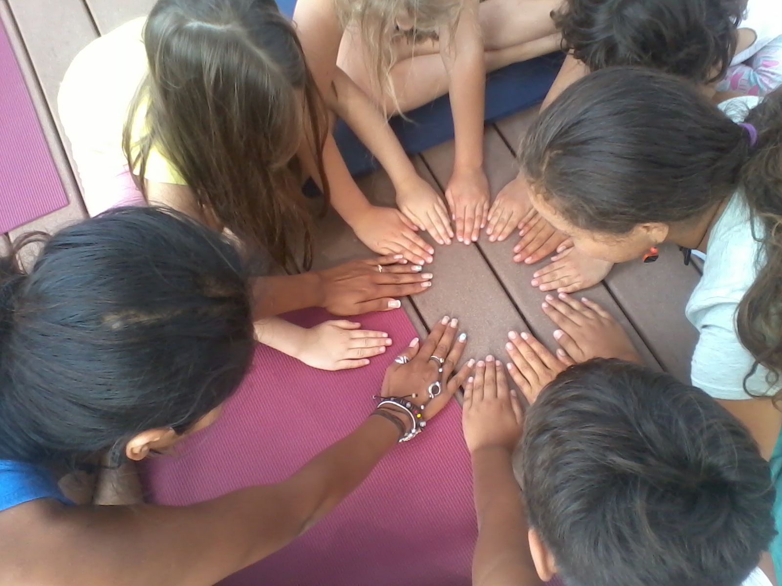 Kids yoga/Dance/Capoeira/creativity