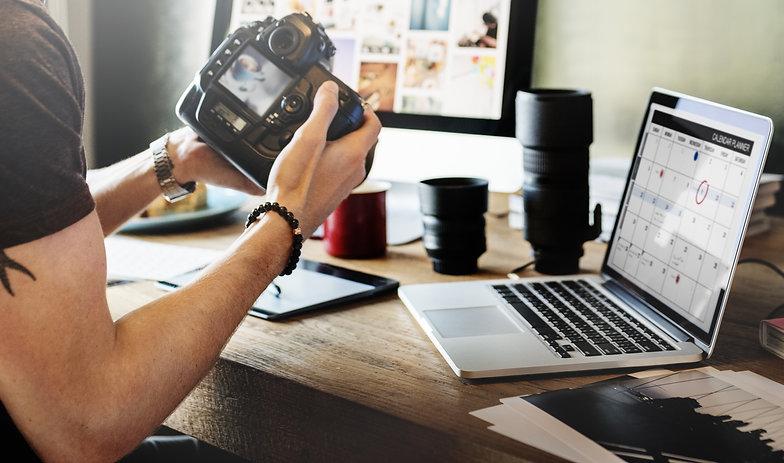 Photographer Journalist Working Studio A