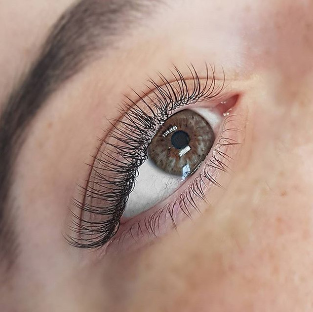 Beautiful lashes for a beautiful soul 💗