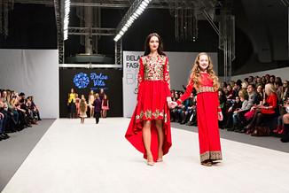Репортажная фотосессия модного показа