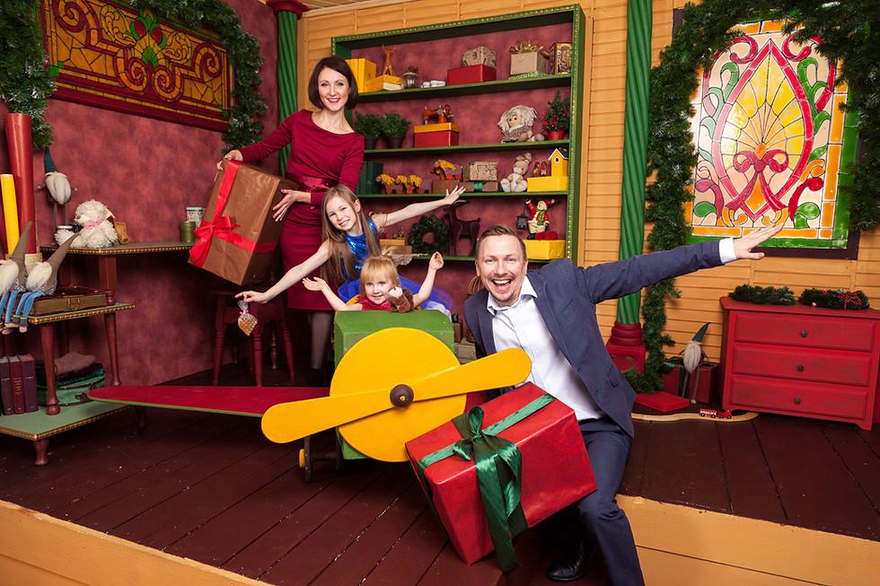 Семейная фотосессия Новый год в студии Минск