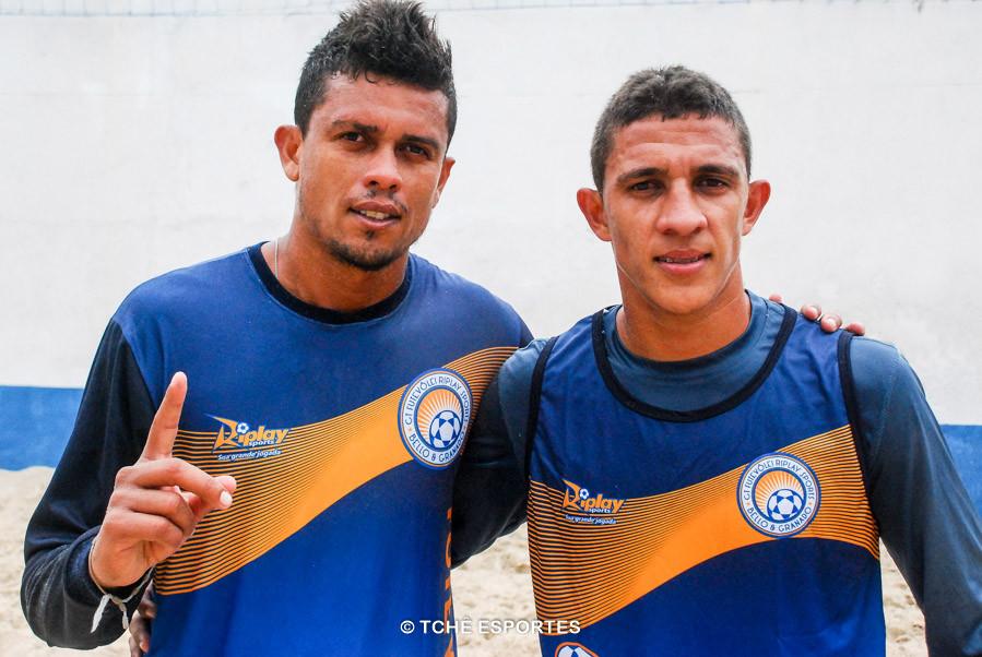 Bello e Gustavo. (foto André Pereira / Tchê Esportes)