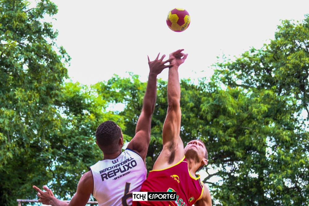 Copa Porto Alegre de Handebol de Areia 2018. (foto André Pereira / Tchê Esportes)