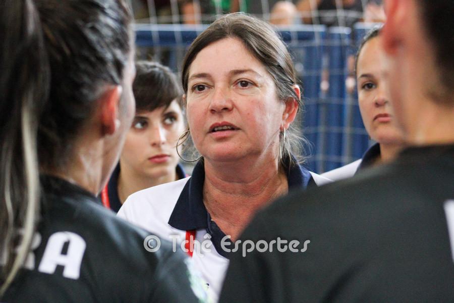 Jaqueline de Oliveira, técnica da ACH. (foto arquivo Tchê Esportes)