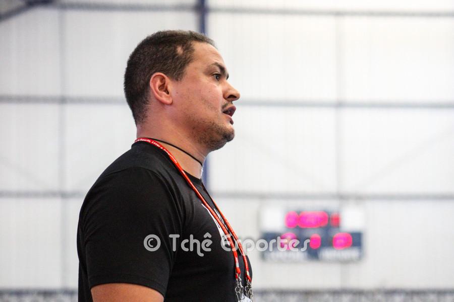 José Batista, técnico do 15 de Piracicaba. (foto arquivo Tchê Esportes)