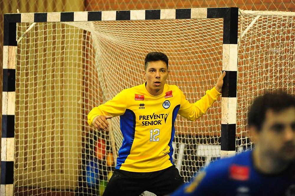 Mutilo, goleiro do EC Pinheiros. (foto Femebal)