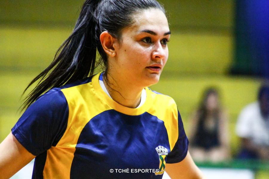 Daniele Giacomazi, de Santo André, artilheira do jogo. (foto André Pereira / Tchê Esportes)