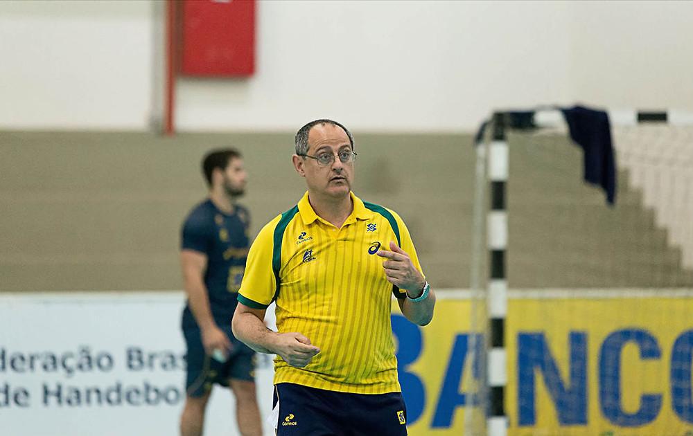 Washington Nunes, técnico da Seleção Brasileira de Handebol Masculino. (fotoCinara Piccolo/Photo&Grafia)