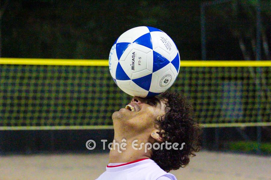 """Dhieguinho """"foca"""" no Brasileiro 3x3. (foto André Pereira / Tchê Esportes)"""