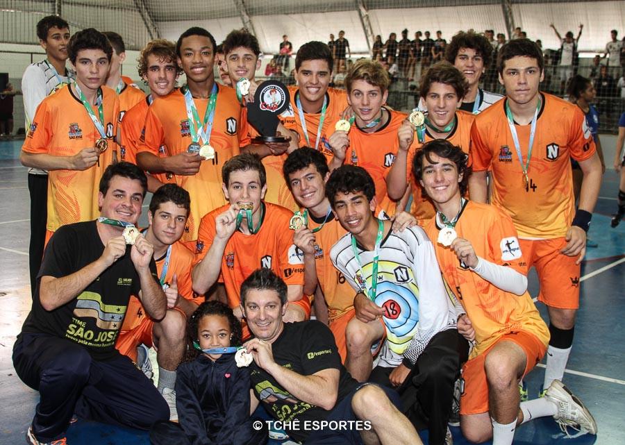Campeão CADETE masculino / Nacional Handebol Clube. (foto André Pereira / Tchê Esportes)
