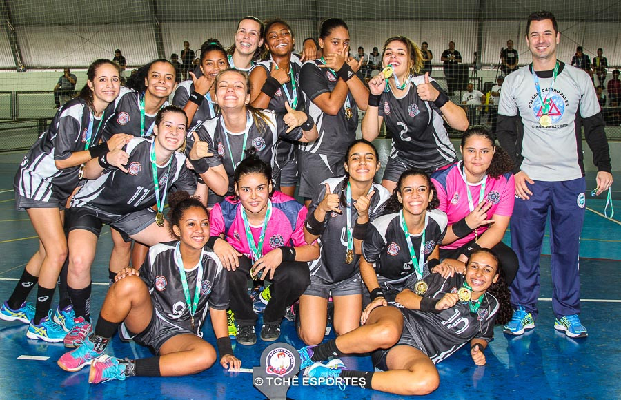 Campeã JUVENIL / Colégio Castro Alves. (foto André Pereira / Tchê Esportes)