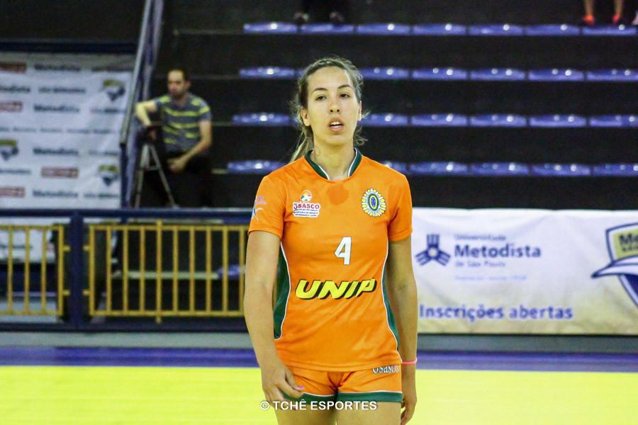 Dayana Clark, Osasco, artilheira do jogo. (foto André Pereira / Tchê Esportes)