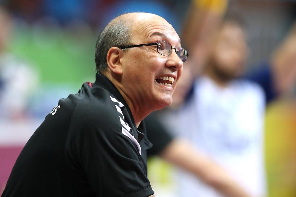 Sérgio Hortelan, técnico do EC Pinheiros(BRA). (reprodução IHF)