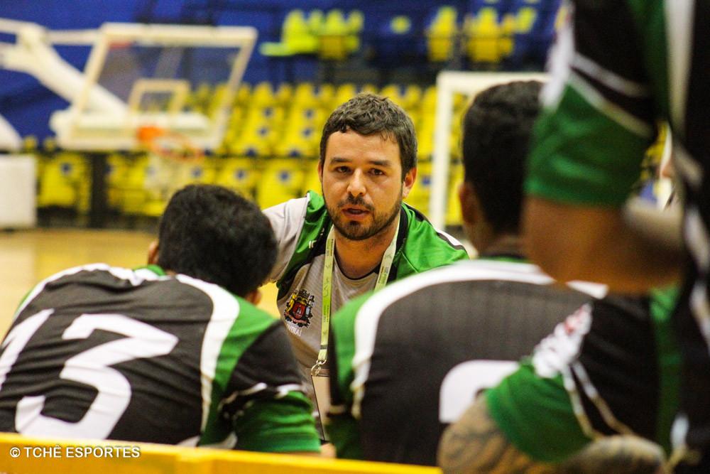 Técnico Daniel Setina, Jundiaí de Esportes. (foto arquivo Tchê Esportes)