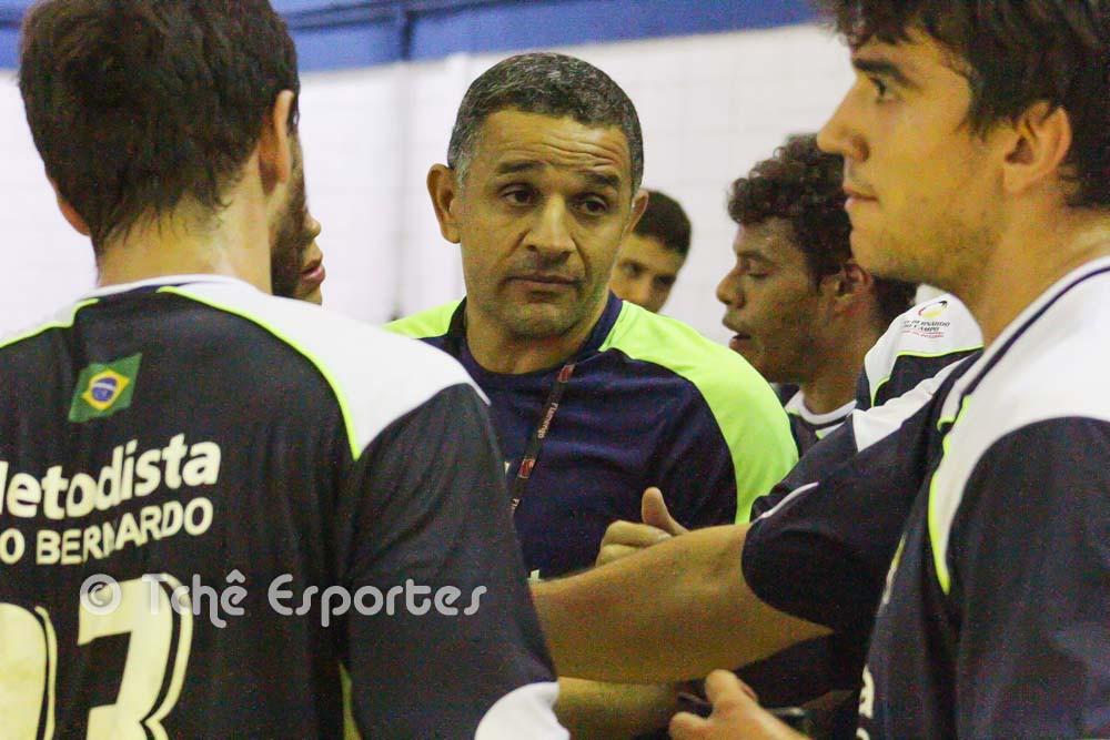 SB, técnico da Metodista (foto André Pereira / Tchê Esportes)