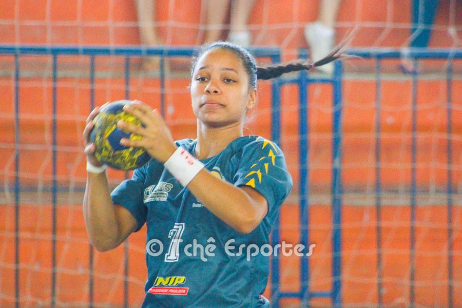 Bruna Dias, CEPE/Santos, a esperança de muitos gols. (foto arquivo Tchê Esportes)