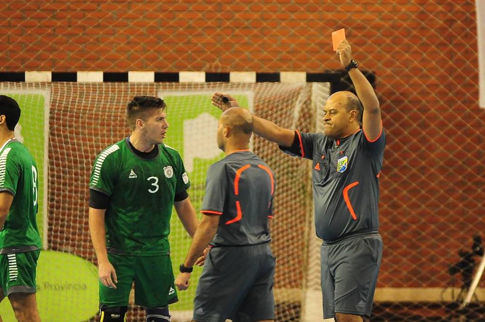 João Rosa, árbitro brasileiro no Pan de Clubes 2017. (foto divulgação Femebal)