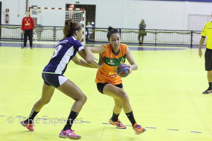 Ana Paula Alves (Osasco), artilheira com 7 gols (foto André Pereira/Tchê Esportes)