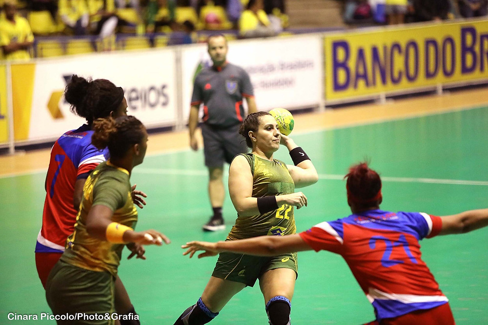 Mayara Fier, armadora Seleção Brasileira. (foto Cinara Piccolo/Photo&Grafia )