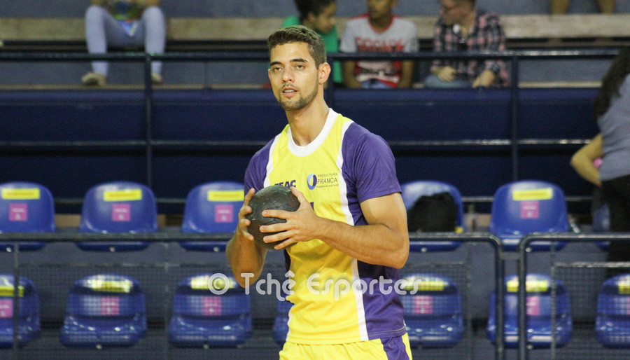 Marco Aurélio, destaque de Franca com 8 gols (foto arquivo Tchê Esportes)
