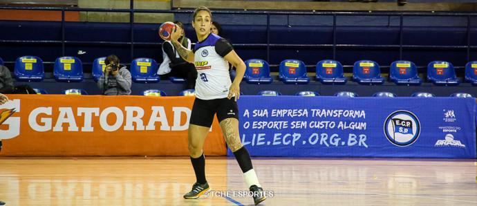 Tainara, reforço do Pinheiros. (foto André Pereira / Tchê Esportes)