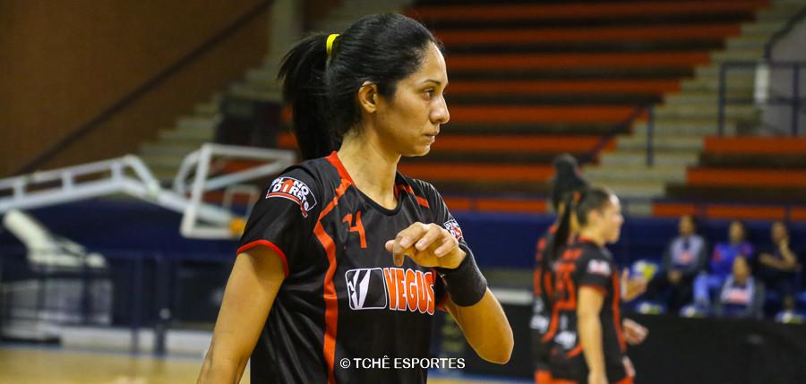 Adriana, do Guarulhos. (foto arquivo Tchê Esportes)